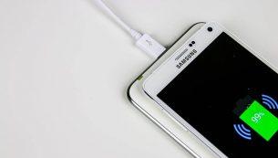 کاهش سرعت شارژ باتری گوشی و روشهای مقابله با آن