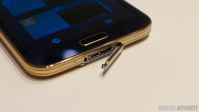 دلایل کاهش سرعت شارژ باتری گوشی و روشهای مقابله با آن