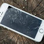 صفحه نمایش آیفون شما شکست