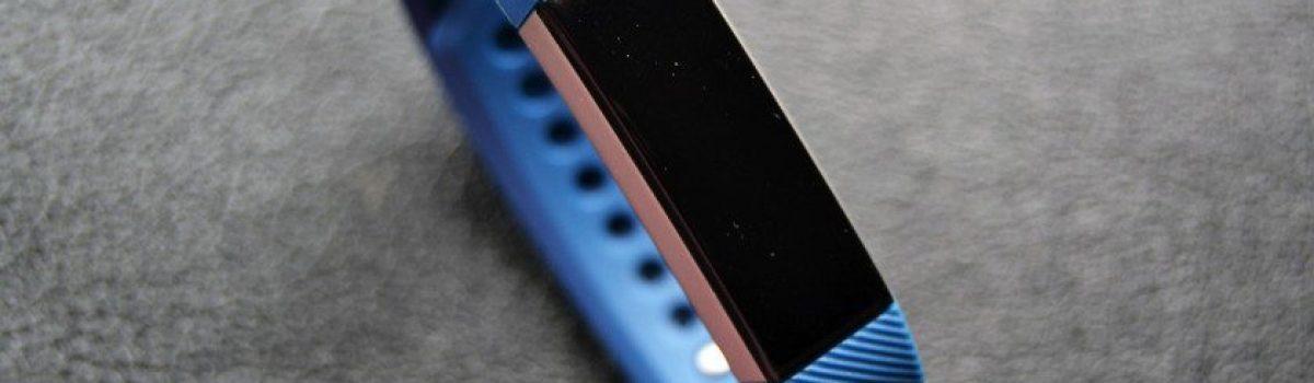 مشکلات رایج انواع دستبند هوشمند فیت بیت (Fitbit)