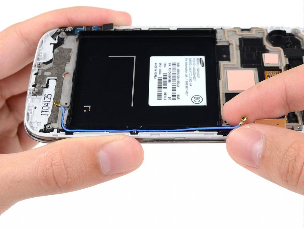 تعمیرات موبایل سامسونگ با گارانتی و قیمت عالی در موبایل کمک