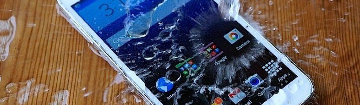 نجات و تعمیر گوشی موبایل آب خورده