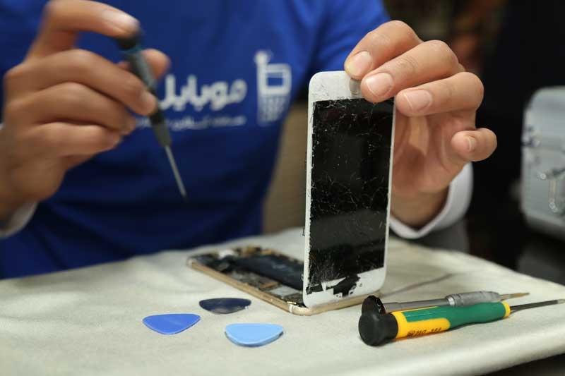 تعمیر گوشی موبایل در موبایل کمک
