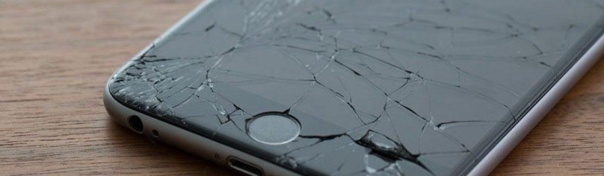 تجربه تعویض ال سی دی آیفون در موبایل کمک
