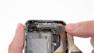 تعمیرات آیفون: تعویض سوکت شارژ آیفون ۴ اپل