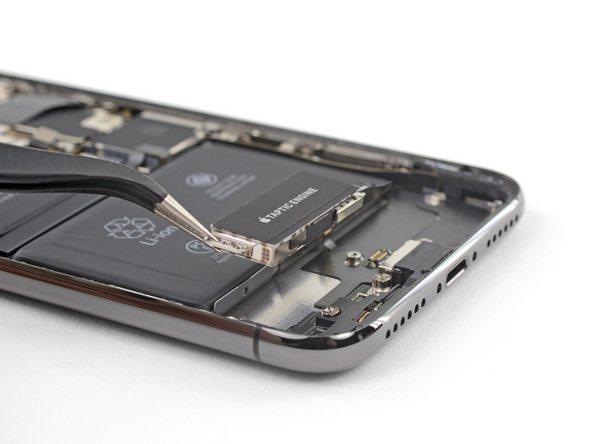 تعمیر آیفون : آموزش تعویض موتور تپتیک آیفون ایکس (iPhone X)