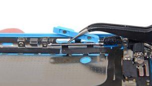 تعمیرات آیفون: تعویض دوربین اصلی آیفون ۵C اپل