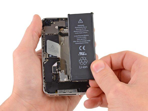 تعمیرات آیفون : آموزش تعویض باتری iPhone 4S (آیفون 4 اس)