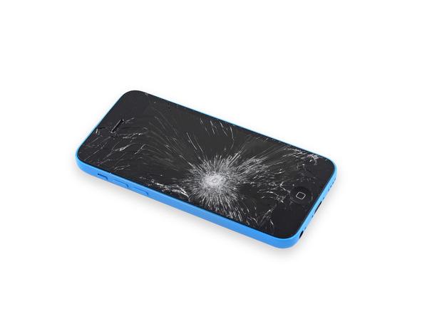 اگر ال سی دی آیفون تعمیری شکسته یا ترک دارد، قبل از شروع پروسه تعویض درب پشت آیفون 5C حتما با چند لایه چسب نواری پهن روی نمایشگر گوشی را بچسبانید.