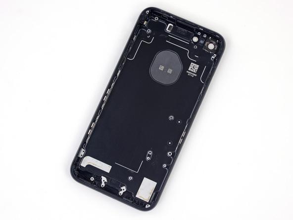 برای بستن آیفون 7 با قاب جدید باید تمام مراحل تعمیر موبایل شرح داده شده را از انتها به ابتدا طی کنید و اجزای نام برده شده را روی قاب جدید سوار کنید.