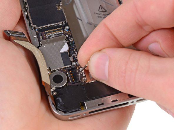 تعمیرات آیفون : آموزش تعویض اسپیکر آیفون 4S