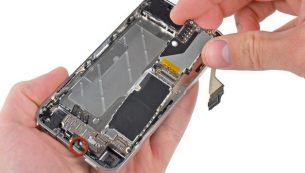 تعمیرات آیفون: تعویض برد آیفون ۴ اپل