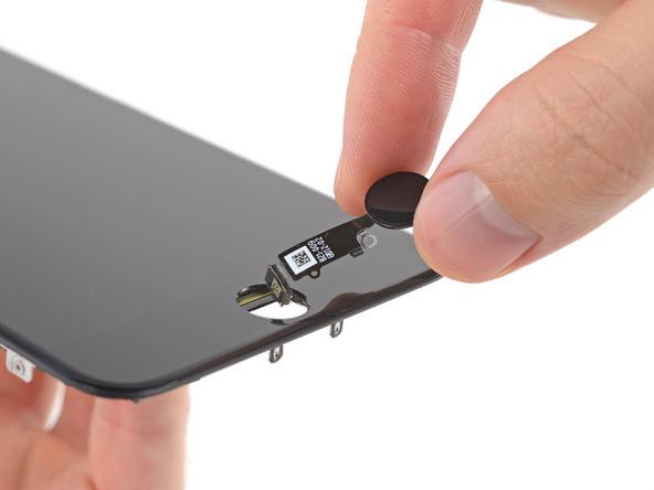 تاچ آیدی یا دکمه هوم را از پنل روی آیفون 7 تعمیری جدا کنید.