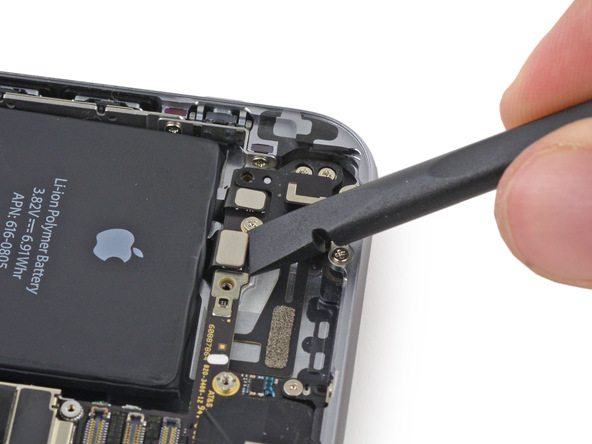 iPhone 6 Logic Board Replacement