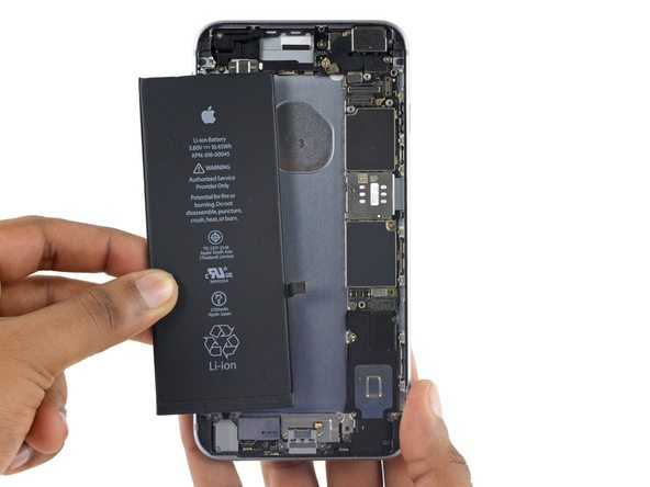 تعویض باتری آیفون 6 اس پلاس