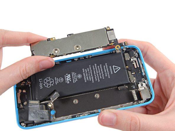 تعمیرات آیفون : آموزش تعویض برد آیفون 5 سی (iPhone 5C)