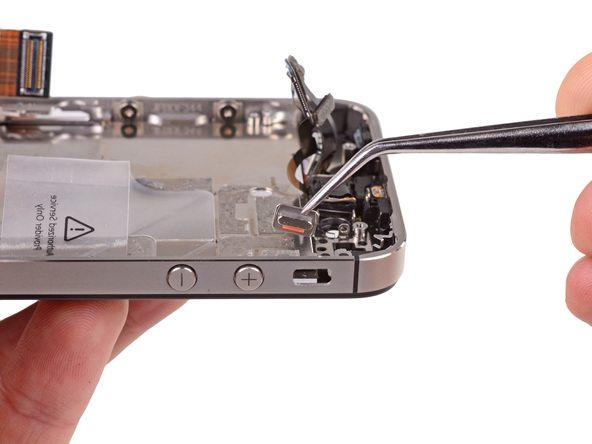 تعمیرات آیفون : آموزش تعویض دکمه سایلنت آیفون 4S