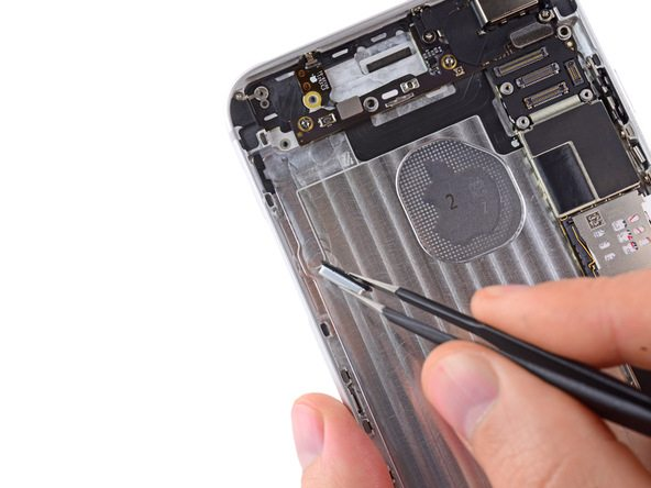 iPhone 6 Plus Audio Control and Rocker Switch Buttons Replacement
