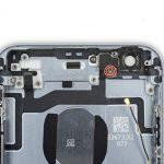پیچ 1.3 میلیمتری براکت چراغ فلش آیفون 6S تعمیری را باز کنید.