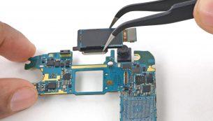 آموزش تعویض دوربین اصلی گوشی گلکسی اس ۶