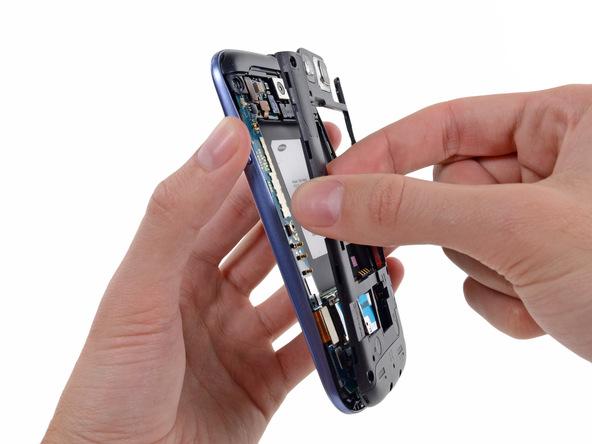 Samsung Galaxy S III Plastic Midframe Replacement