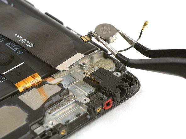 تعمیر موبایل : آموزش تعویض موتور ویبره هوآوی P10 (پی 10)