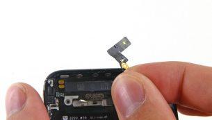 تعمیرات آیفون: تعویض آنتن وای فای آیفون ۵ اپل