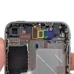 میتوانید تعویض دوربین اصلی آیفون 4 را انجام دهید. به منظور بستن گوشی باید تمام مراحلی که نام برده شدند را به ترتیب از انتها به ابتدا انجام دهید.