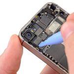 جداسازی لنز دوربین اصلی