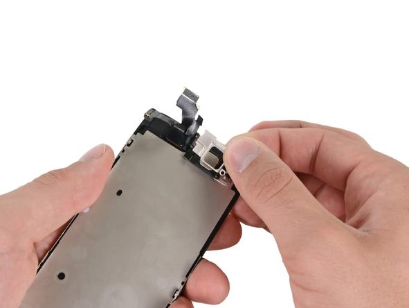براکت اسپیکر مکالمه آیفون 5 تعمیری را از درب جلوی گوشی بردارید.