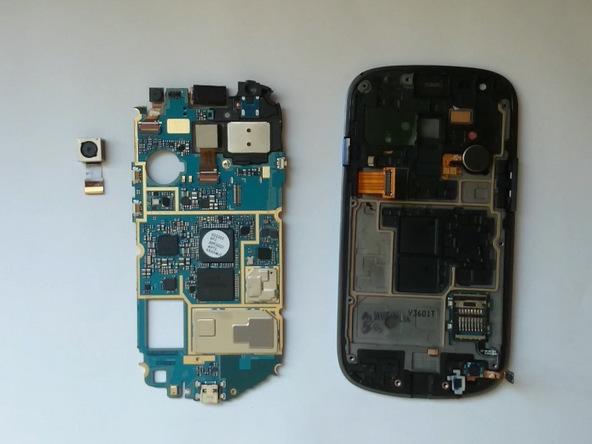 دوربین اصلی گلکسی اس 3 مینی تعمیری را مجددا روی برد نصب کنید.