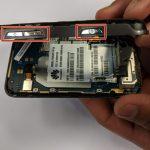 میتوانید تعویض دکمه پاور و ولوم هوآوی M750 را انجام دهید. به منظور بستن گوشی باید مراحلی که شرح دادیم را به ترتیب از انتها به ابتدا مرور کرده و در صورت نیاز به شکل بر عکس انجام دهید. چنانچه در رابطه با هر یک از مراحل عنوان شده سوالی داشتید، میتوانید ضمن تماس با کارشناسان واحد تعمیر موبایل کمک از آن ها راهنمایی بخواهید.