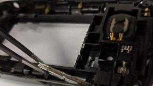 آموزش تعویض دکمه پاور و ولوم هوآوی M750