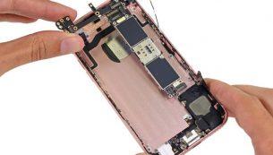 تعمیر برد آیفون ۸ اپل با کمترین هزینه در موبایل کمک