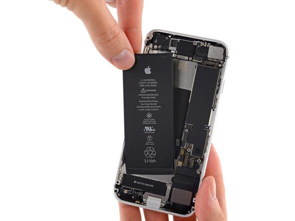تعمیر باتری آیفون 8 اپل با کمترین هزینه ممکن!