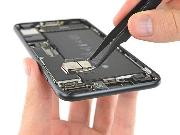 تعمیر دوربین آیفون 7 پلاس اپل در موبایل کمک