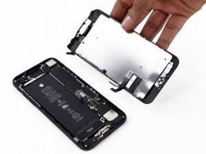 تعمیر ال سی دی آیفون 7 اپل در موبایل کمک