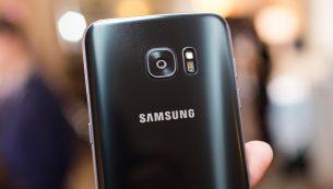 تعمیر دوربین سامسونگ گلکسی S7 Edge با کمترین قیمت در موبایل کمک