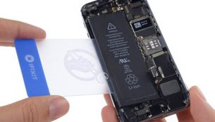 تعمیر یا تعویض باتری آیفون ۵S