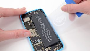 تعمیر یا تعویض باتری آیفون ۵c