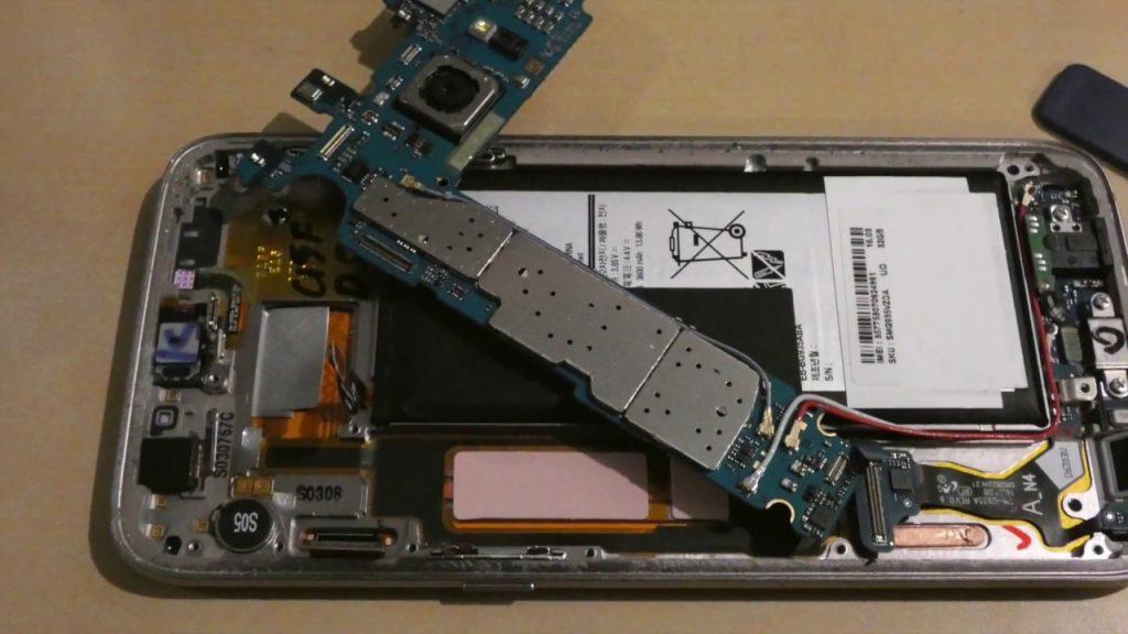 تعمیر برد گلکسی اس 7 سامسونگ با کمترین قیمت در موبایل کمک