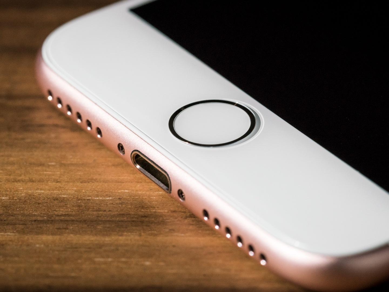 تعمیر یا تعویض دکمه اثر انگشت یا تاچ آیدی iPhone 8 Plus