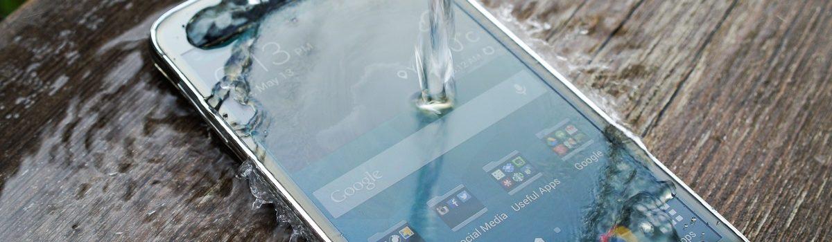 تعمیر گلکسی اس ۵ آب خورده با کمترین قیمت و هزینه در موبایل کمک