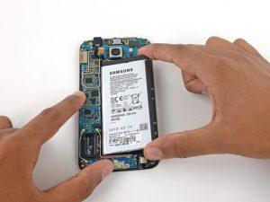 تعمیر باتری سامسونگ گلکسی S6 با کمترین قیمت در موبایل کمک