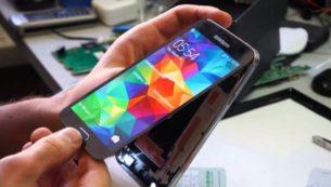 تعویض گلس سامسونگ گلکسی اس ۵ در موبایل کمک