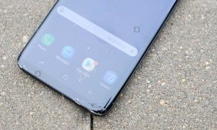 تعویض یا تعمیر گلس یا شیشه ال سی دی S9 Plus سامسونگ | موبایل کمک