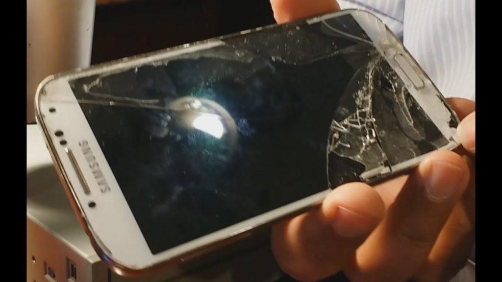تعویض گلس سامسونگ گلکسی اس 4 در موبایل کمک
