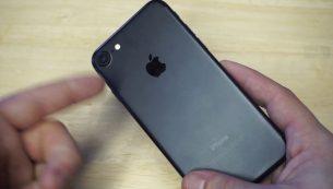 تعمیر دوربین آیفون XR با کمترین هزینه در مرکز موبایل کمک