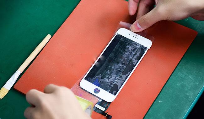 راهنمای تعویض گلس یا شیشه شکسته Apple iPhone 8 Plus