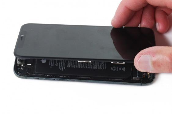 iphone-11-pro-lcd